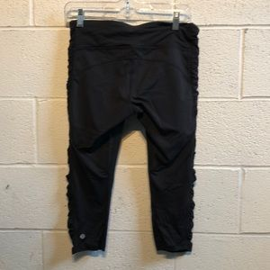 lululemon athletica Pants - Lululemon black crop w/ detail down legs sz 8